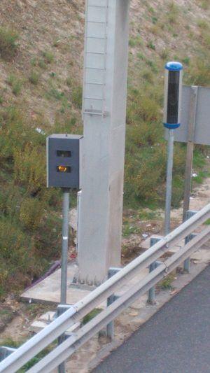 Radar MultaradarCD y Gatso en M-40 Madrid